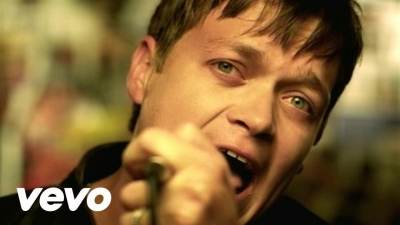 3 Doors Down - Here Without You (17 Days Acoustic Version)
