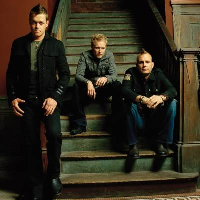 3 Doors Down (Live at Walmart Soundcheck) - Round and Round